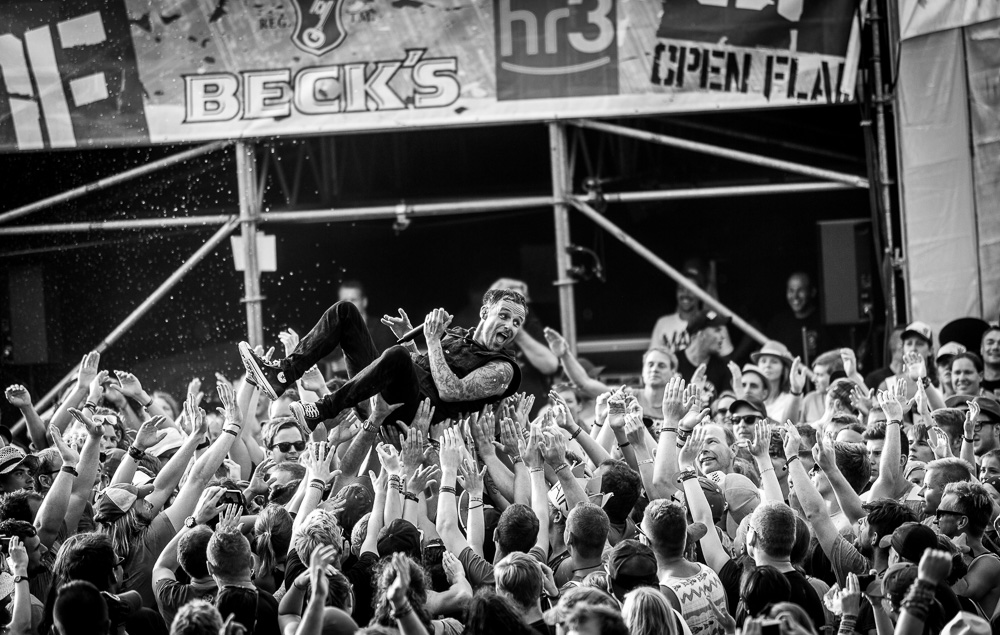 donots_open_flair_2015_live_27